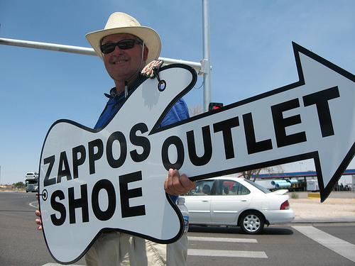 apts las vegas: zappos